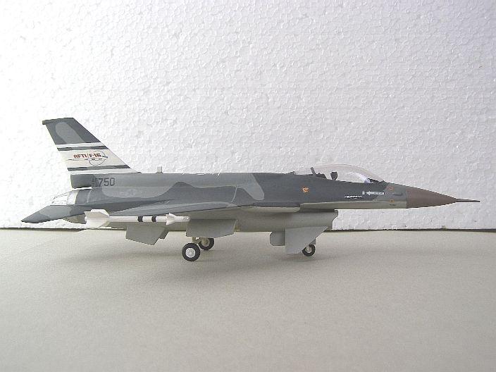 AF16M04